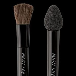 Gift w/ $10 Purchase Mary Kay Eye Applicators
